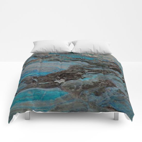 Marble, it is cool, aloof and especially elegant Comforters