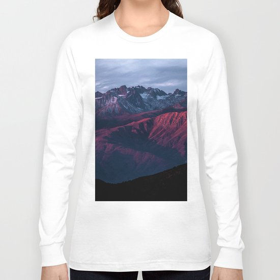Red mountain 4 Long Sleeve T-shirt