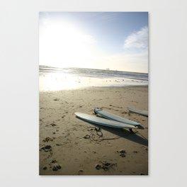 3 lone boards Canvas Print