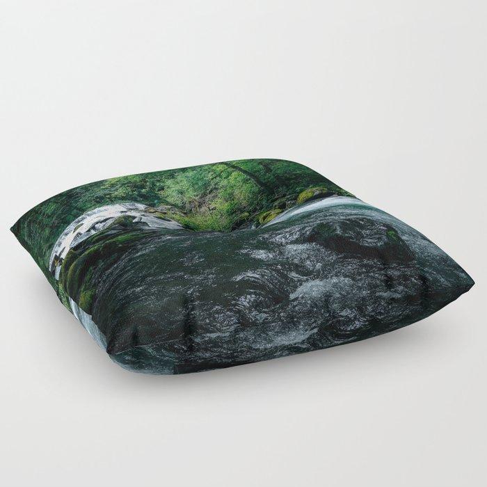 Wahclella II Floor Pillow