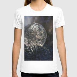 The spirit of winter T-shirt