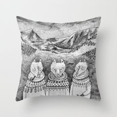 Icelandic foxes Throw Pillow