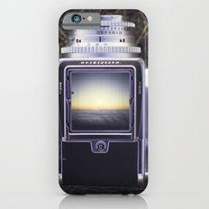 Looking Down Slim Case iPhone 6s