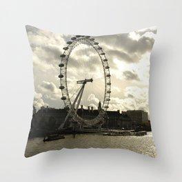 London Eye Landscape Throw Pillow