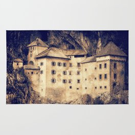 Old Castle Rug