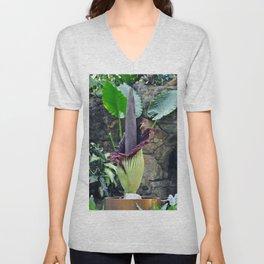 Amorphophallus Titanum Unisex V-Neck