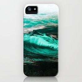 Vague dans caverne / wave in cave iPhone Case
