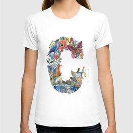 the world of letter C T-shirt