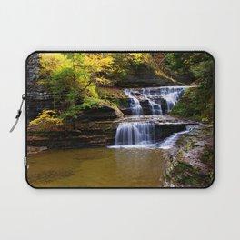 Cascata in autunno Laptop Sleeve