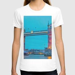 London Tower Bridge Lights (Color) T-shirt