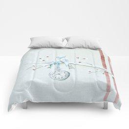 Winter bird on linen Comforters