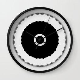 Simple Circles Black an White Wall Clock