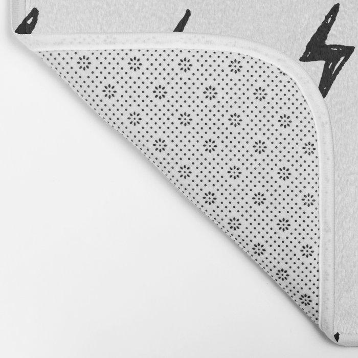 Lightning Bolt Pattern Bath Mat