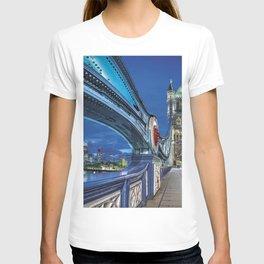 Tower Bridge, London, UK. T-shirt