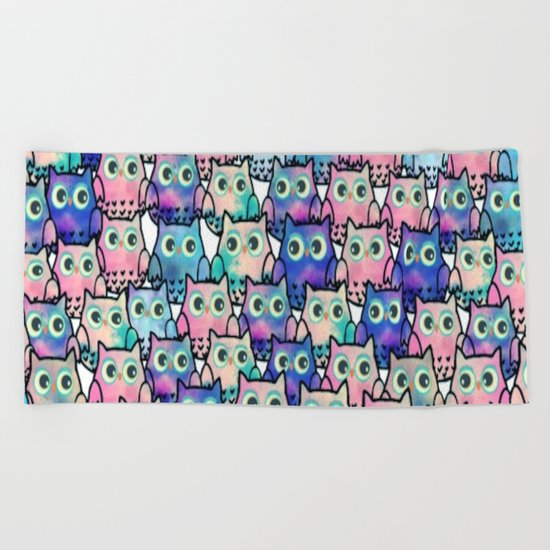 owl-137 Beach Towel