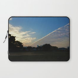 drama in the sky Laptop Sleeve