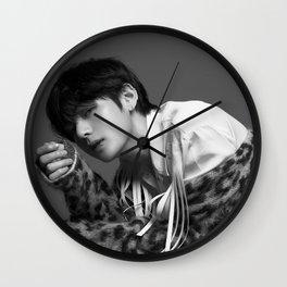 V / Kim Tae Hyung - BTS Wall Clock