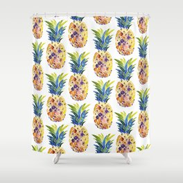Watercolor Pianeapple Pattern Shower Curtain