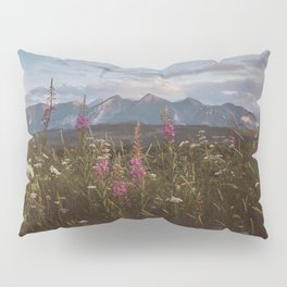 Mountain vibes - Landscape and Nature Photography Pillow Sham