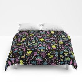 Frog in Sporeland Comforters