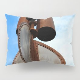 Wind Chimes for Giants Pillow Sham