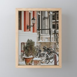 """Heerengracht canal houses with snowed bikes 