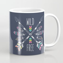 "Ethnic frame made of feathers, threads and beads with text ""Wild and Free"". Freedom concept. Coffee Mug"