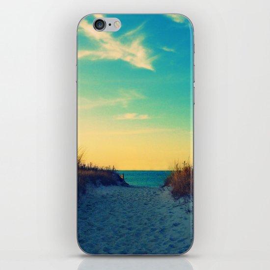 Walk in Love iPhone & iPod Skin