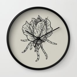 Spider lettuce by Piki Wall Clock