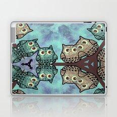 owl-203 Laptop & iPad Skin