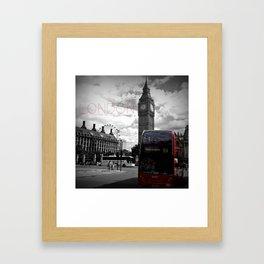 Sightseeing-London Framed Art Print