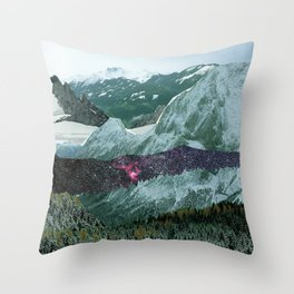 Experiment am Berg 15 Throw Pillow