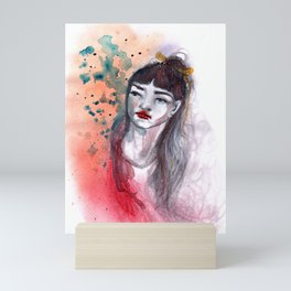 Fille rouge Mini Art Print