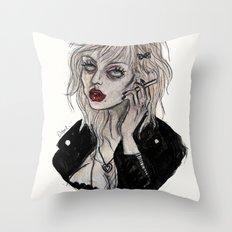 Courtney love cobain Throw Pillow