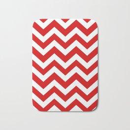 Rosso corsa - red color - Zigzag Chevron Pattern Bath Mat