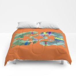 Polygonal gecko Comforters