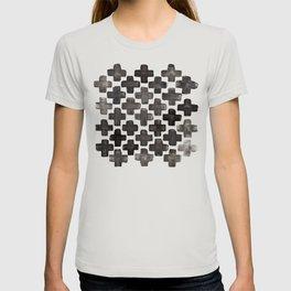 Black & White Crosses - Katrina Niswander T-shirt