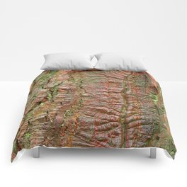 Mossy Wood Rifts Comforters