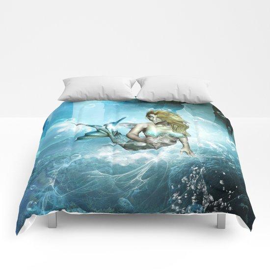 Beautiful mermaid Comforters