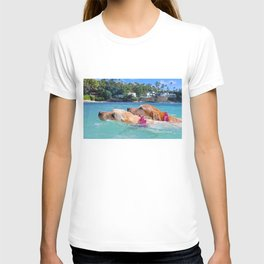 zoey and lainey swimming T-shirt