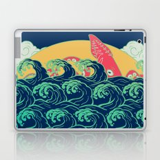 Squid on the waves Laptop & iPad Skin