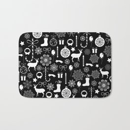 Christmas seamless pattern new year elements on black background Bath Mat