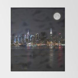 New York Supermoon Throw Blanket