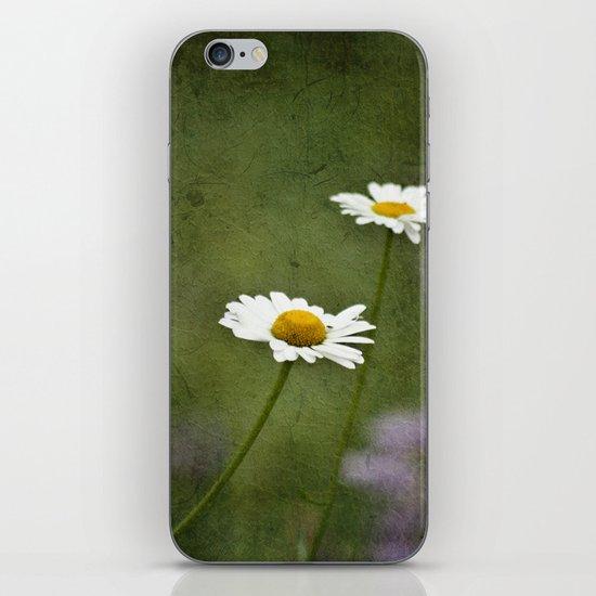 Daisy Chain 2 iPhone & iPod Skin