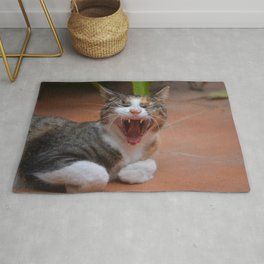 Liza the cat with a big smile Rug