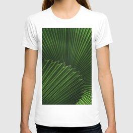 Tropical Green Palm Fan Leaf Geometric Stripe Textured Origami Pattern T-shirt