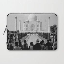 Taj Mahal with people Laptop Sleeve
