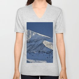 Snowy mountains. 3.478 meters Unisex V-Neck