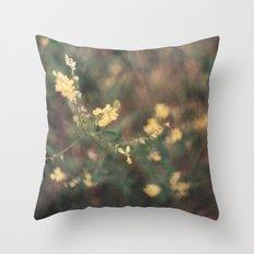 jaune Throw Pillow