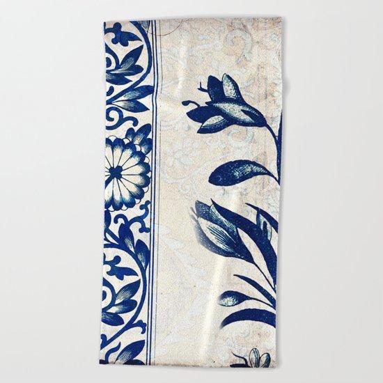 Blue Oriental Vintage Tile 03 Beach Towel